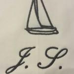 Detail rukáv iniciály